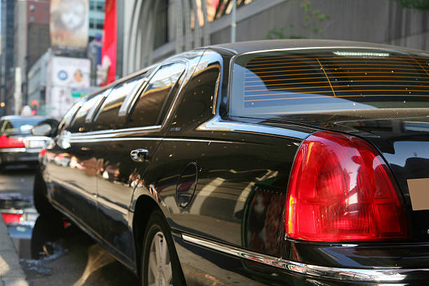 How To Hire A Limo Or A Party Bus Within Short Duration Of Time